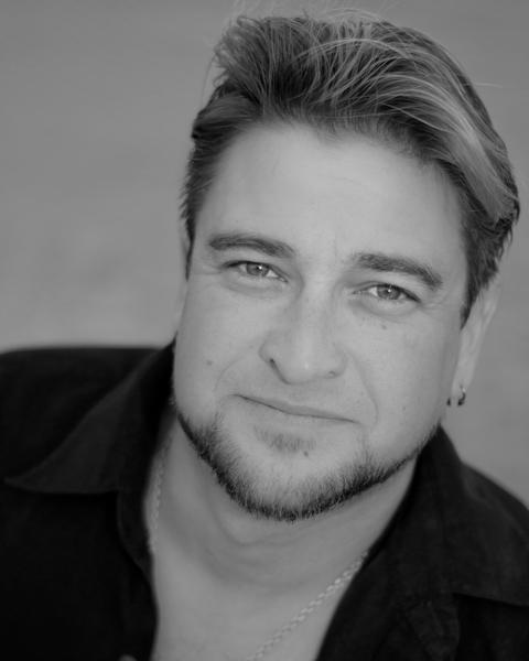 Robert Cordova